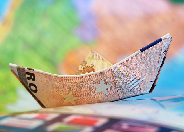 lodička z bankovky