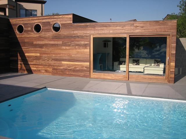 Jak připravit bazén na konec sezóny
