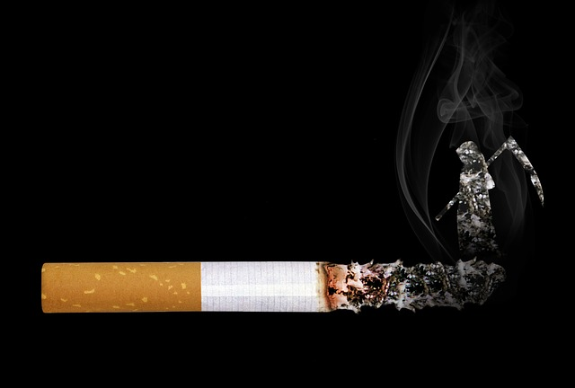smrtka na cigaretě