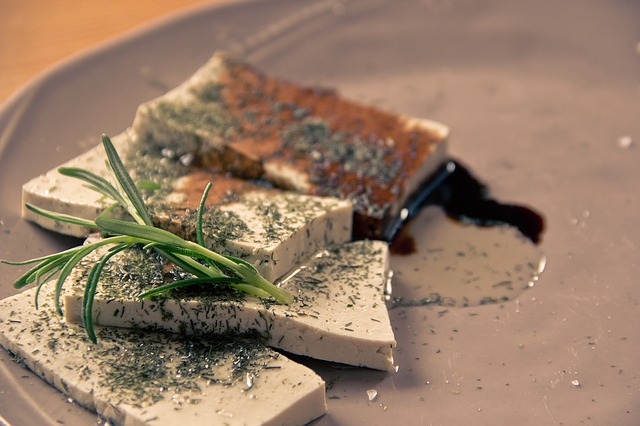 dochucené plátky tofu